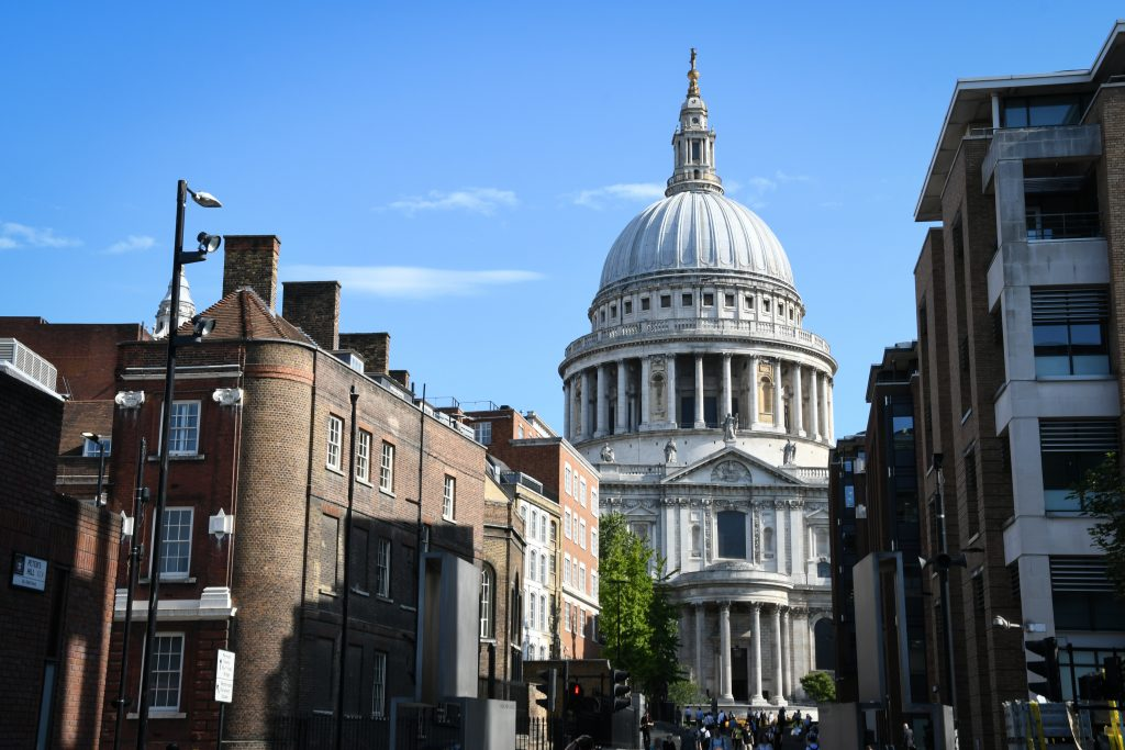 Visit St Pauls &  See 30+ London top sights