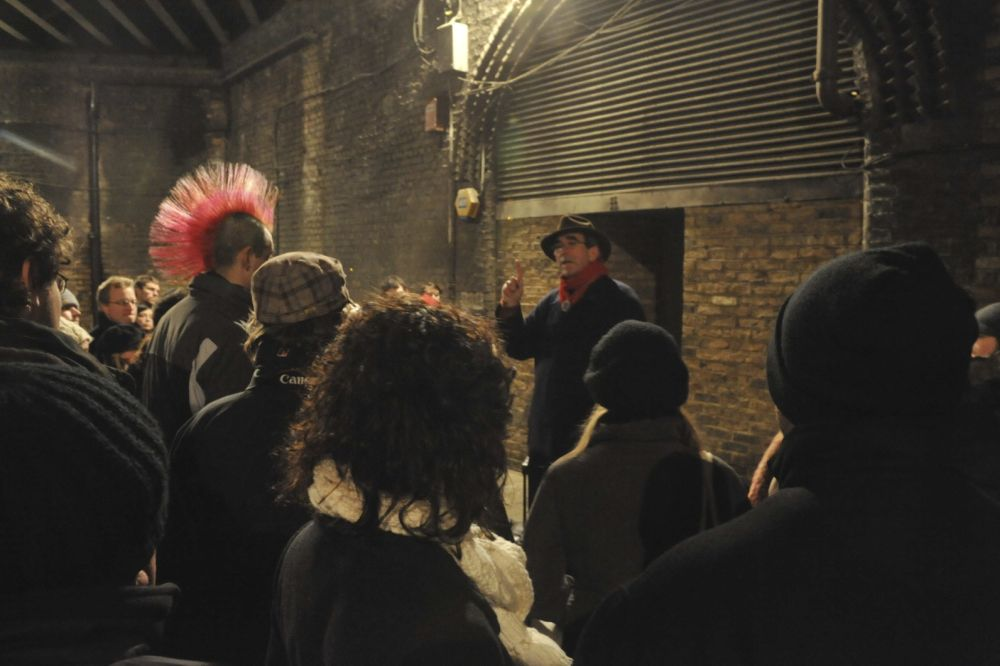 Jack The Ripper Walking Tour & Ripper Museum Entry