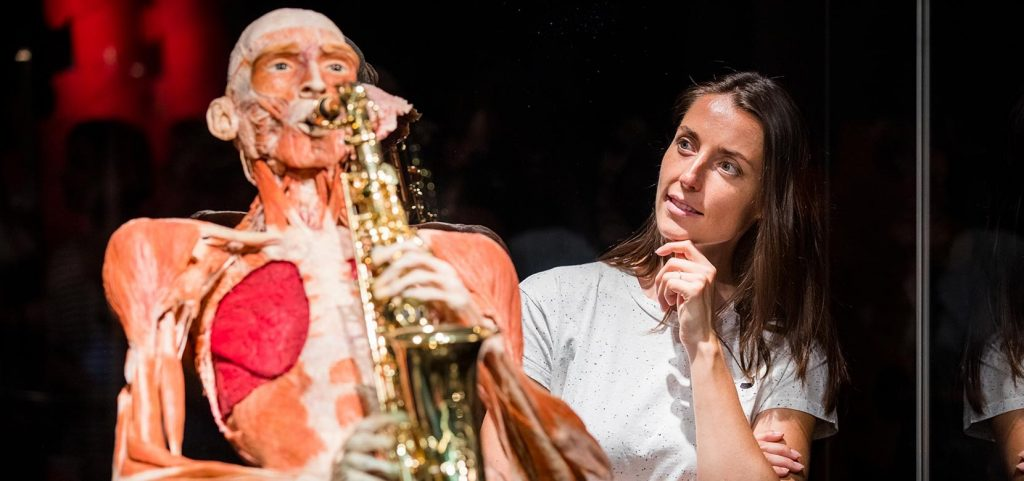 Visit the Body Worlds Museum & See 30+ London Top Sights