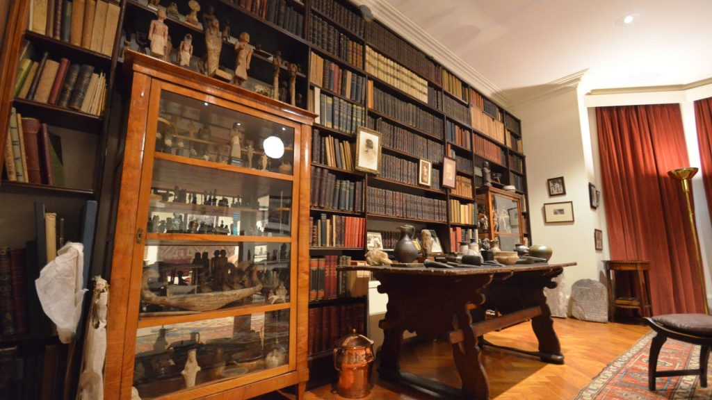Visit The Freud Museum & See 30+ London Top Sights